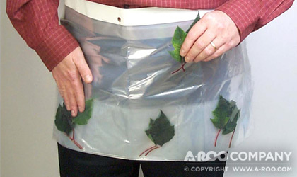 Bag with pockets for clippings